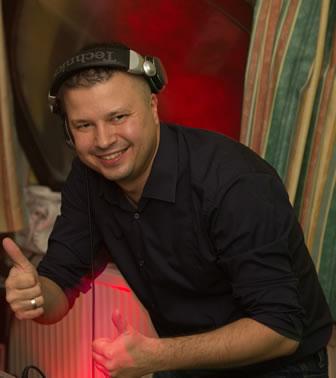 Esküvői DJ Szücs Viktor